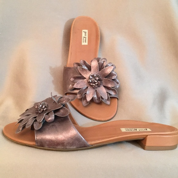 431802159d13 🌸PAUL GREEN Leather Bronze Daisy Thong Sandals! M 5b8b629b10fc54e9736463ef